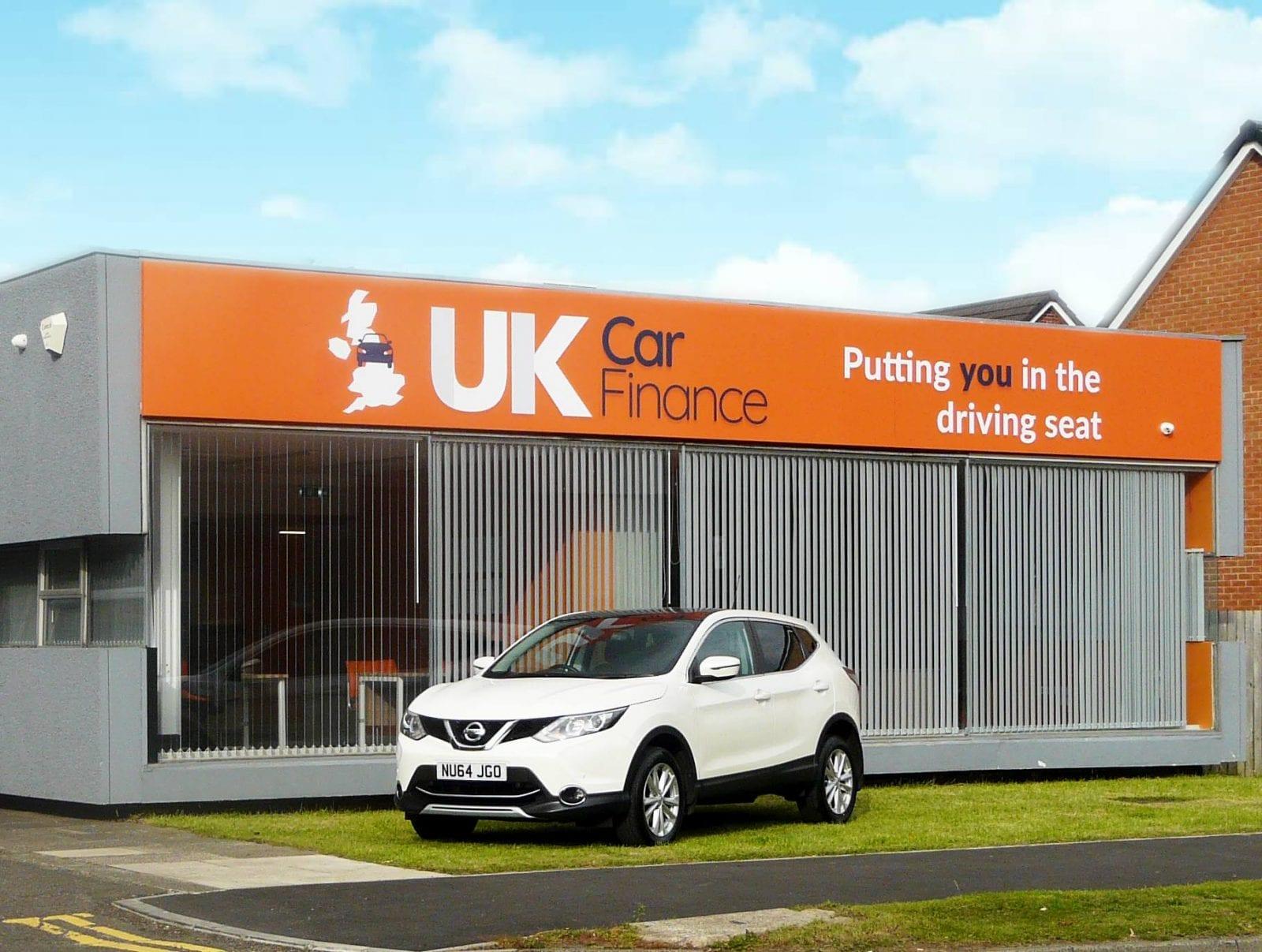 uk car finance customers