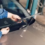 How to…change your windscreen wipers